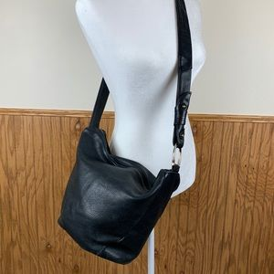 Stone Mountain | Leather Bucket Bag
